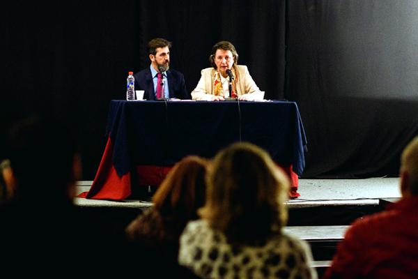 Conferencia en el Centro Cultural Borges, Buenos Aires (Argentina).